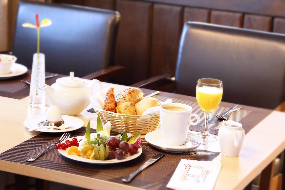 Hotelfotografie tisch essen altenberge